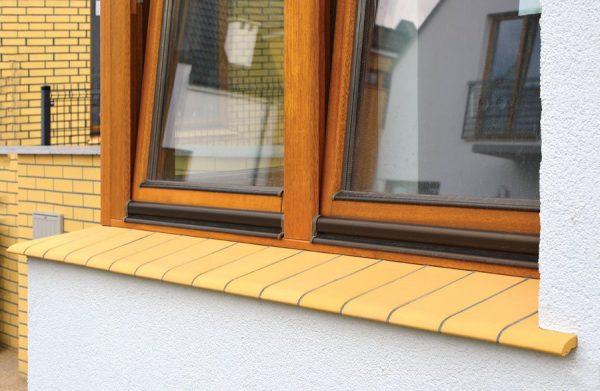 Fensterbänke gelb