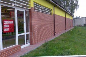 Rubinrot Klinker Fassade