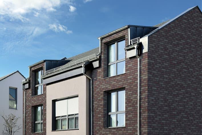 Klinkerfassade mit Handform Riemchen purpur Asteroidenhaus